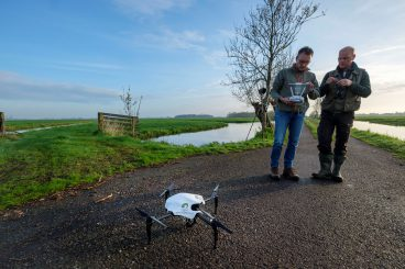 Een drone die weidevogelnesten opspoort