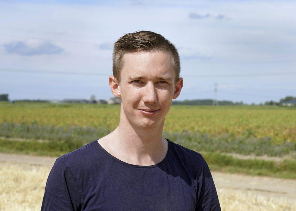 Sylvan Nysten is bodemkundige en docent/onderzoeker Duurzaam Bodembeheer bij Aeres Hogeschool in Dronten. Hij speelde de centrale in de vergelijking van de vijf bodemscans.